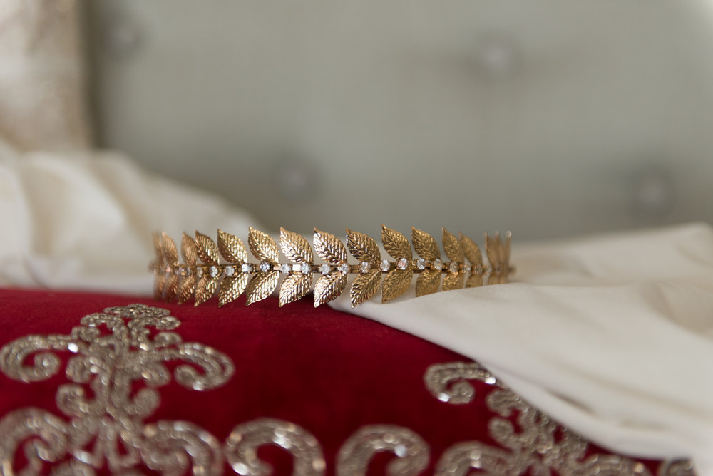 wedding-details-tiara-michigan-gold-lisa-villella-photography-blog