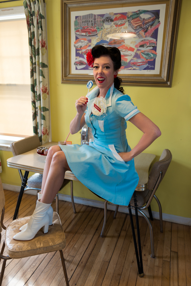 pinup-vintage-waitress-lisa-villella-photography-blog-2.jpg