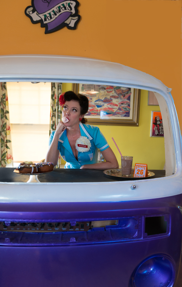 pinup-vintage-waitress-lisa-villella-photography-blog-8.jpg