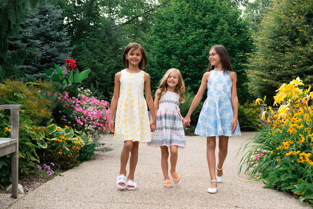 three-sisters-garden-hands-walking-lisa-villella-photography01