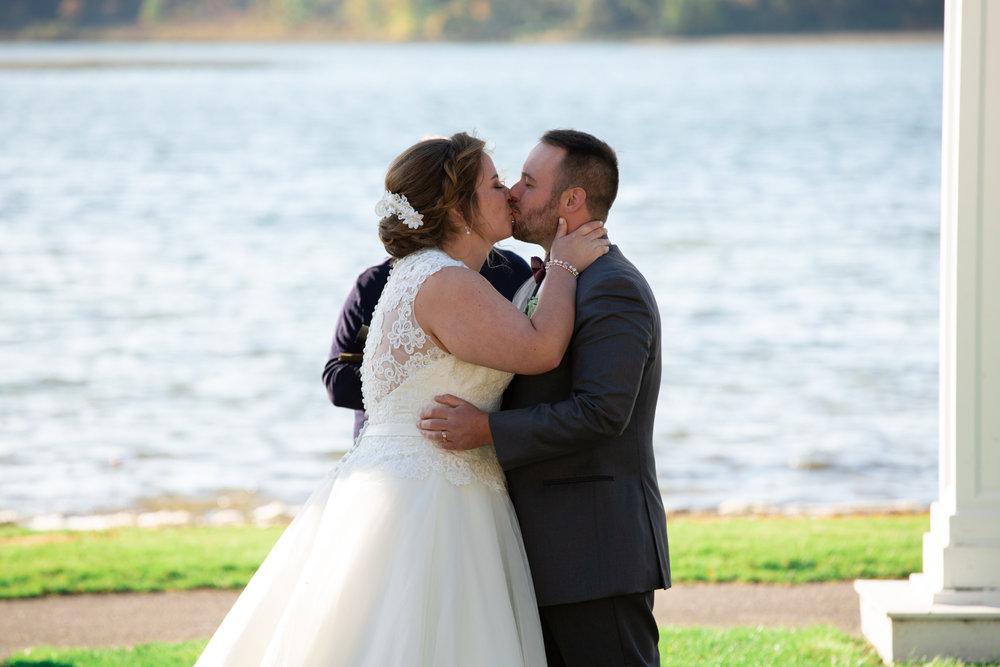 Emma-John-Wedding-Blog-Lisa-Villella-Photography-59.jpg