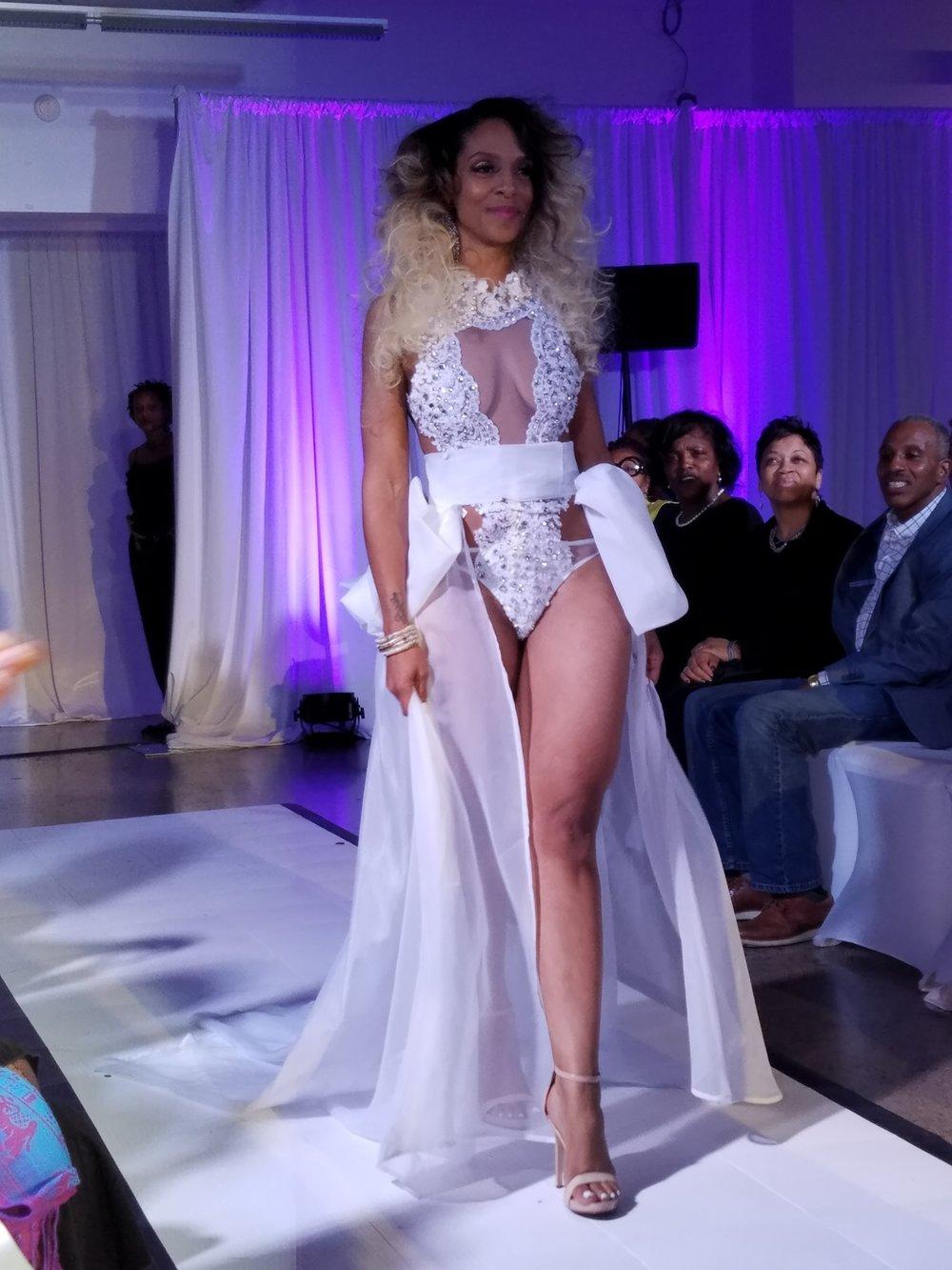 Maya Mitchell-www.modelmayhem.com/beautyspecialist