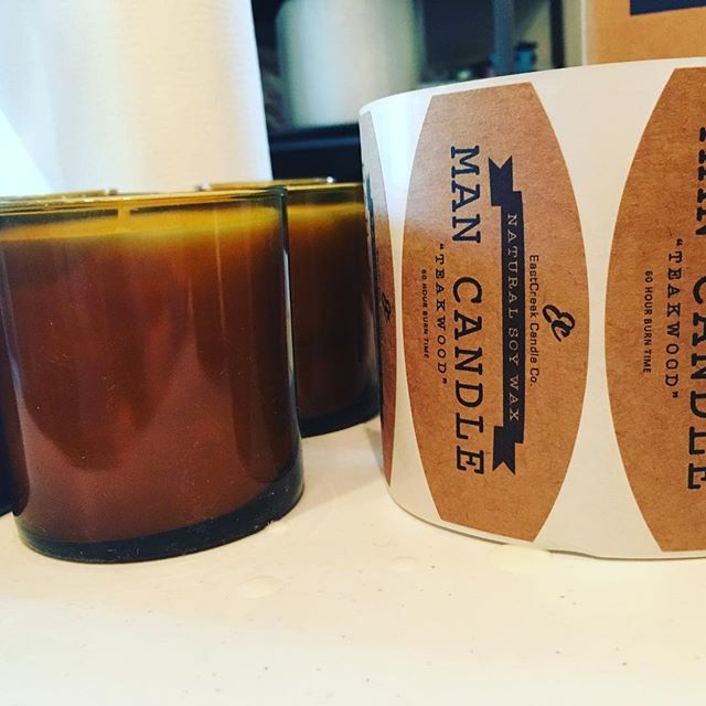 Naked candles... ready for labels. . . . #candlemaking #candlelabels #madeinatl #makersgonnamake #mancandle #soycandles