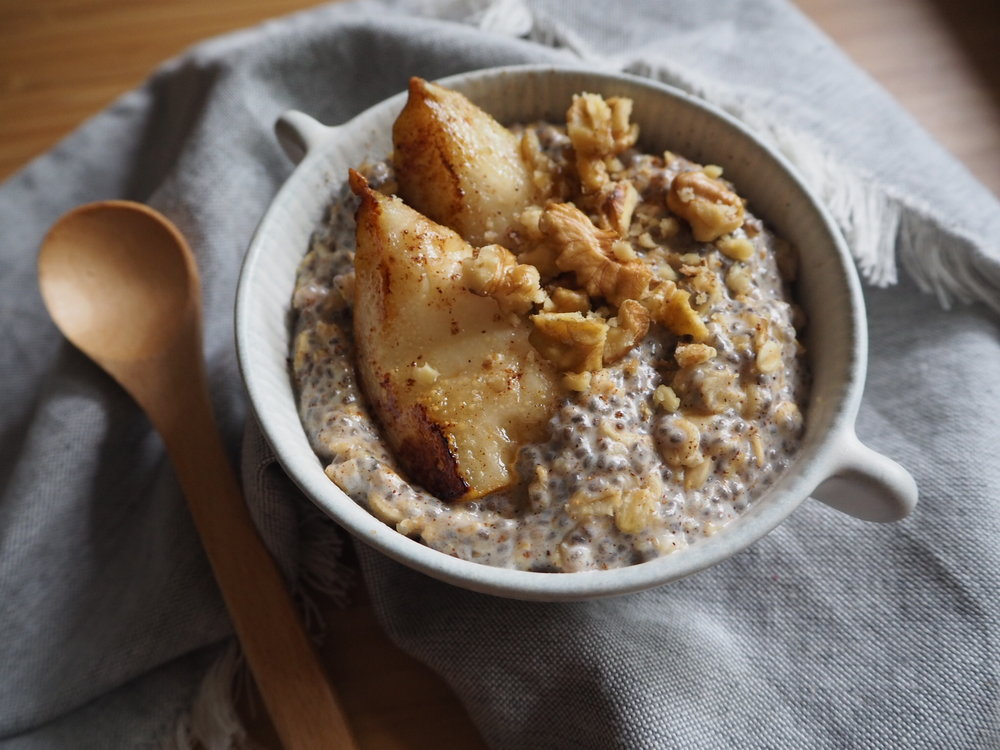 spiced porridge with pear and walnut
