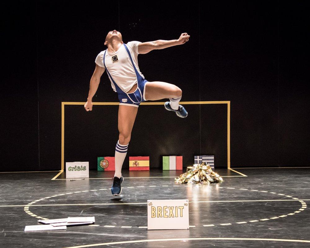 Tanzmesse-Daniel-Kok-s-Cheerleader-of-Europe_credit-Bernie-Ng.jpg