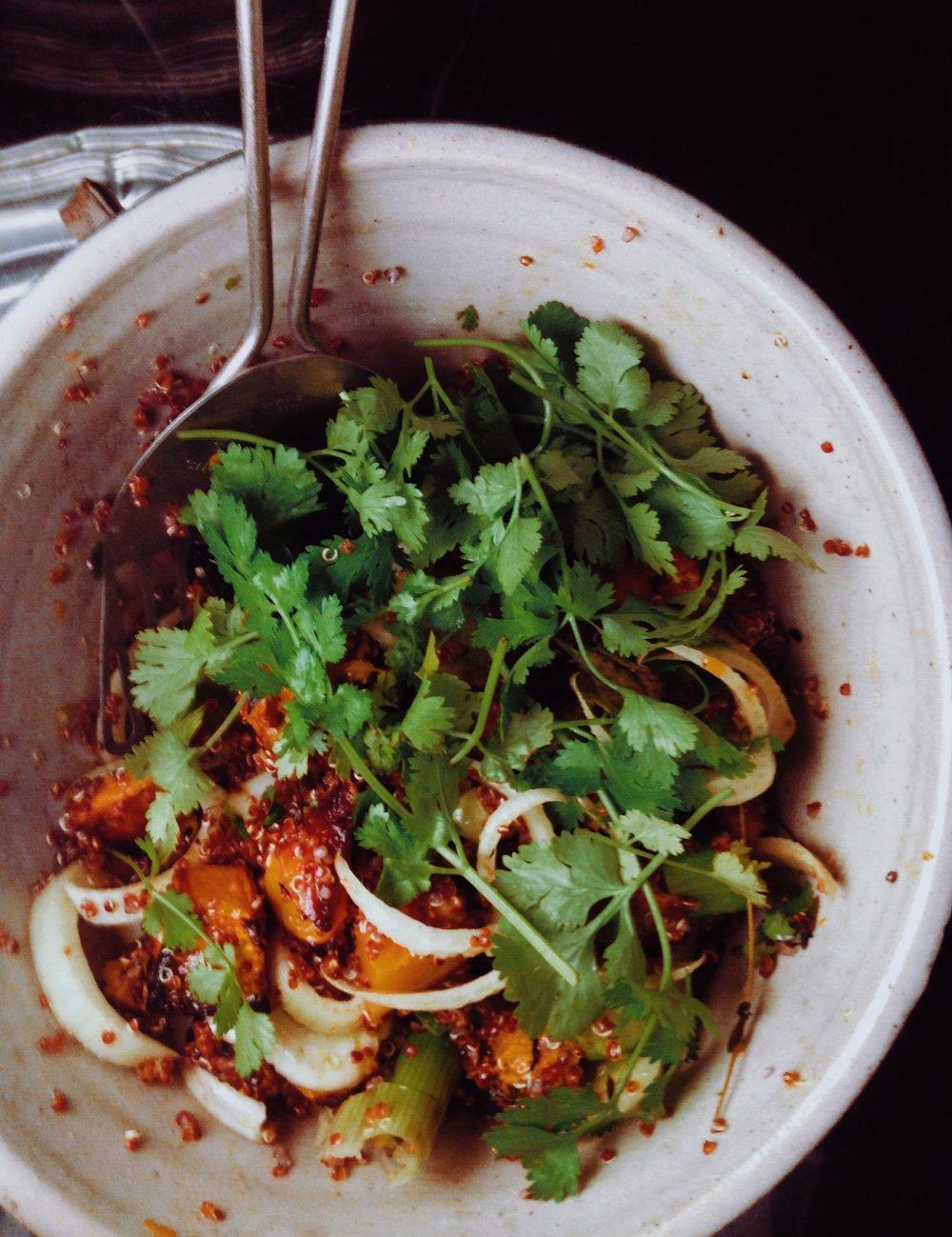 REZEPT: butternut MIT quinoa fenchel Und cilantro -