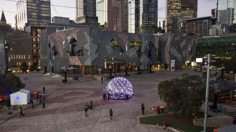 ENESS sonic light bubble fed square_01.jpg