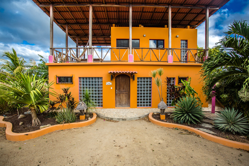 Buena Onda Villa