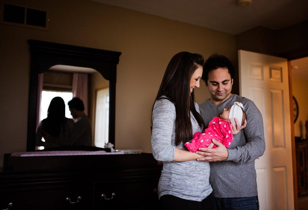 Columbus Ohio Photography - Lifestyle Newborn Photographer - Erika Venci Photography