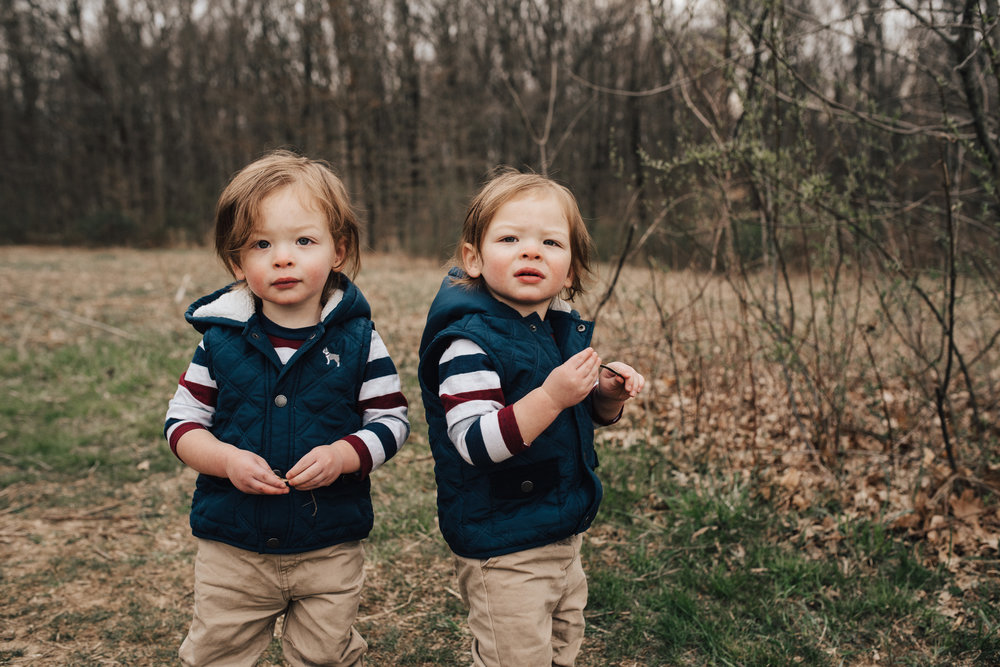 Twin-boys-Columbus-Ohio-Photorgaphers-Erika-Venci-Photography
