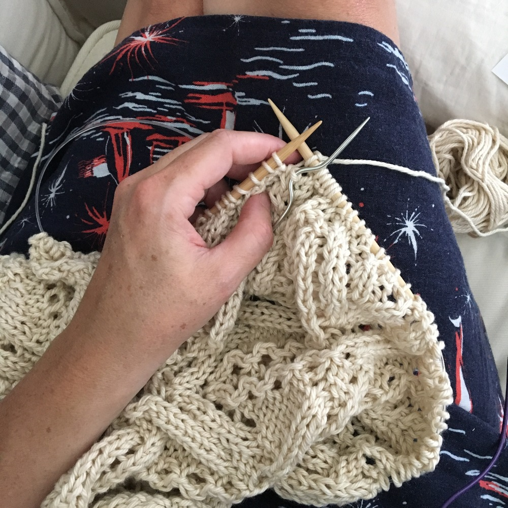 Cable knit stitches
