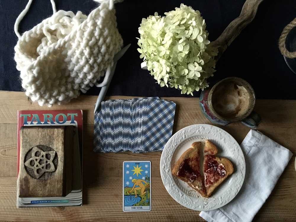 tarot and coffee