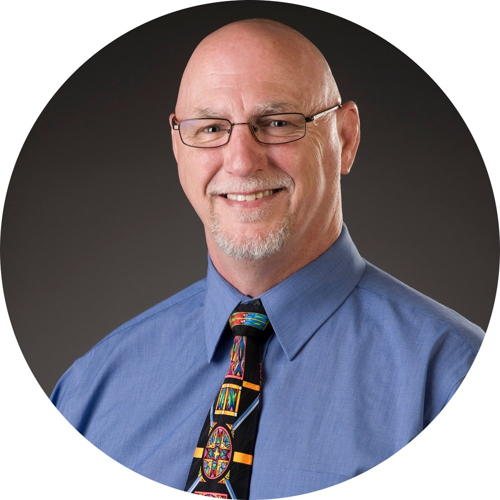 Eric DeShazer | Chief Dental Officer - General DentistryEducation: University of Kansas, Emporia State University, University of Missouri-Kansas City School of DentistryDr. DeShazer was raised in Hutchinson, KS. He spent many years in private practice and as a independent contract dentist with the U.S. Army. Dr. DeShazer is excited to lead and support the dental services to provide quality care to the patients of GraceMed. He enjoys Brazilian Jiu Jitsu, playing pinball, and fishing with his family.
