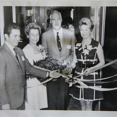 Collins ribbon cutting.jpg