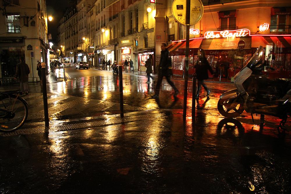 1-RainyParisatNight.JPG