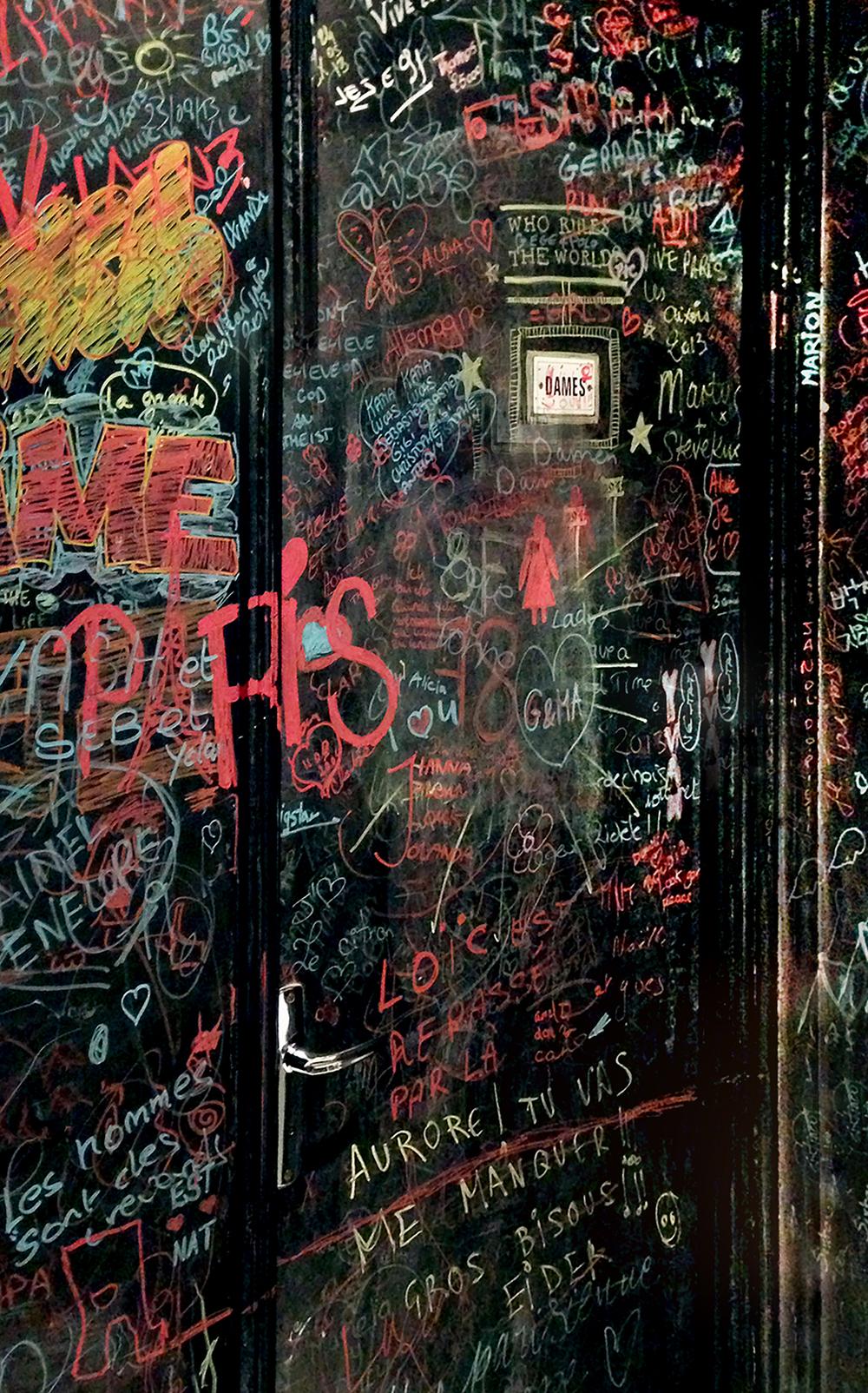 3-ParisGraffiti.jpg