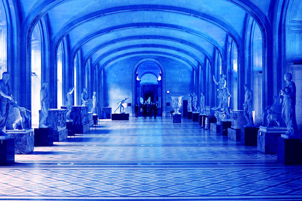 8-louvre+hall-bluesaturated.jpg