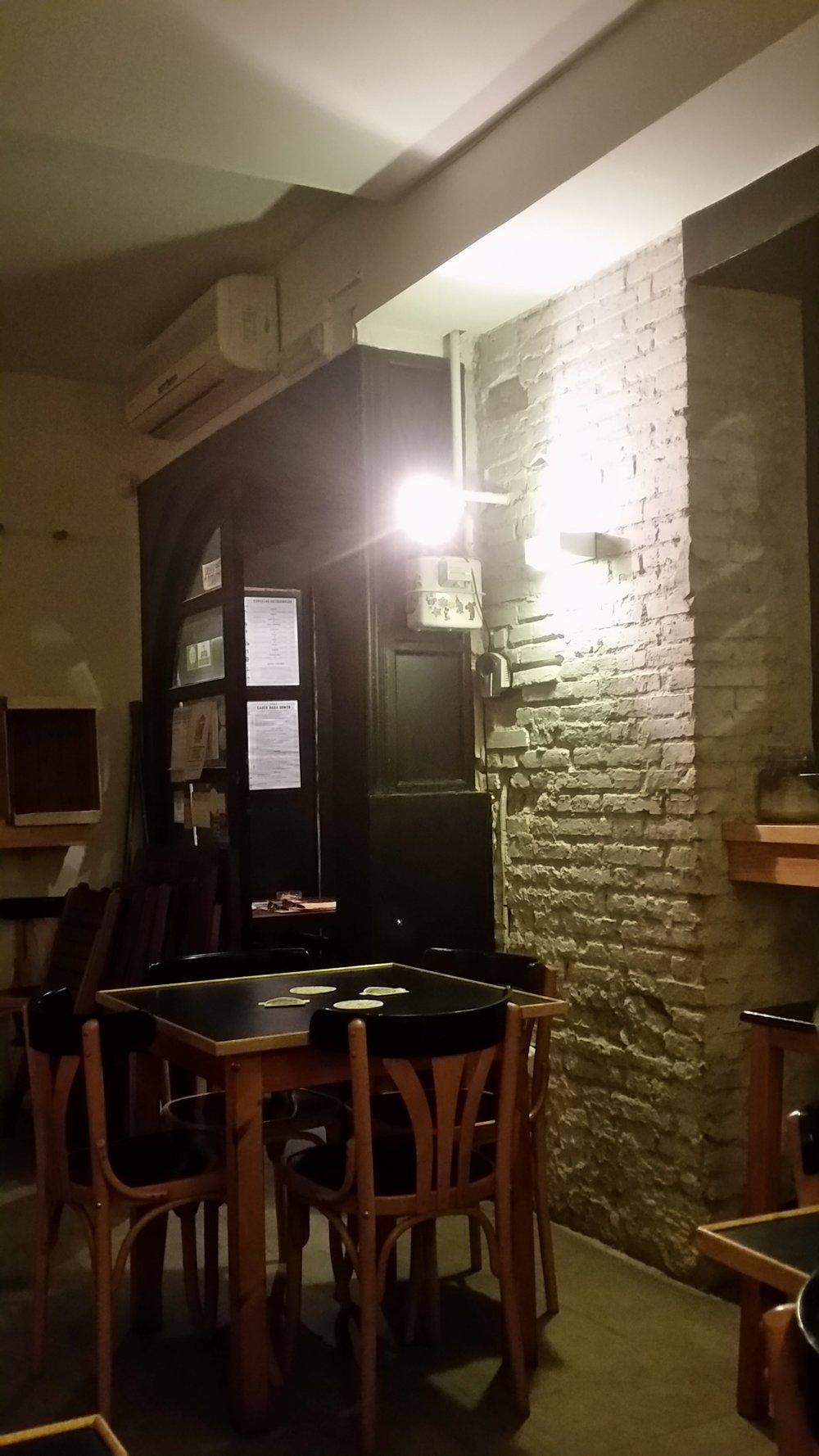 ruzanuvol-restaurant