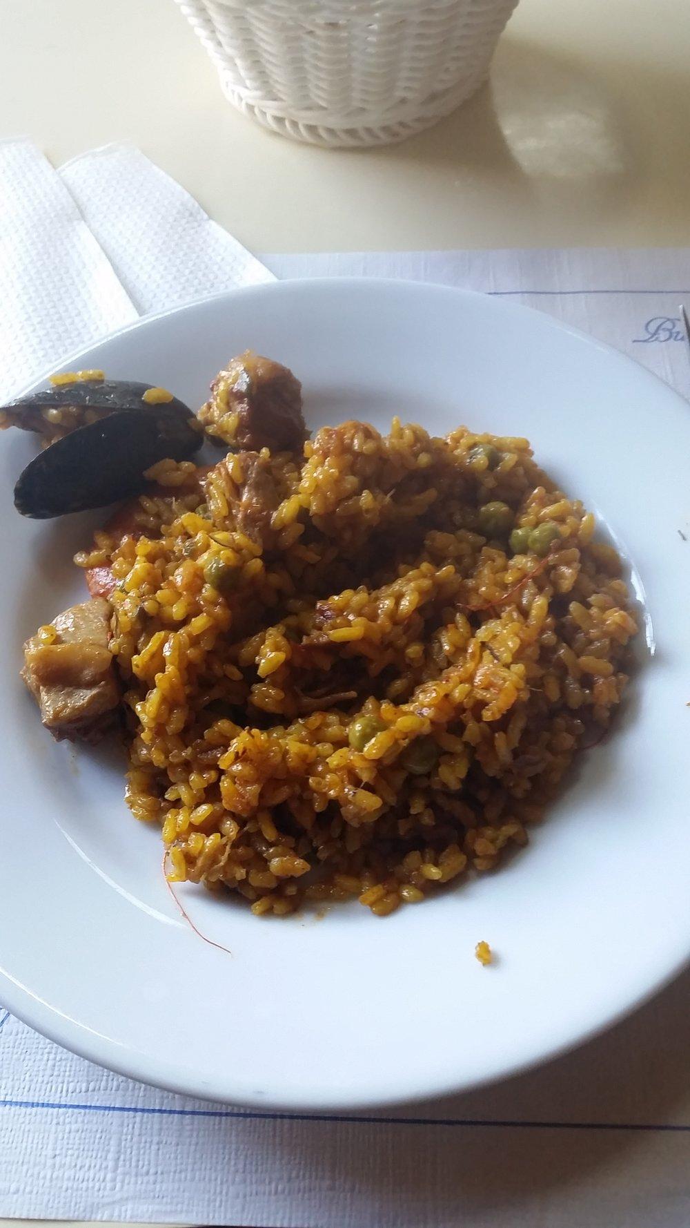 paella-seafood-gelida
