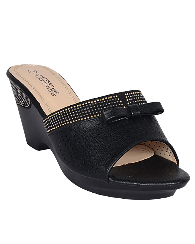 leather slippers with gold trim and bow - black    sizes  u.k 6  ( SOLD OUT)   n12,000