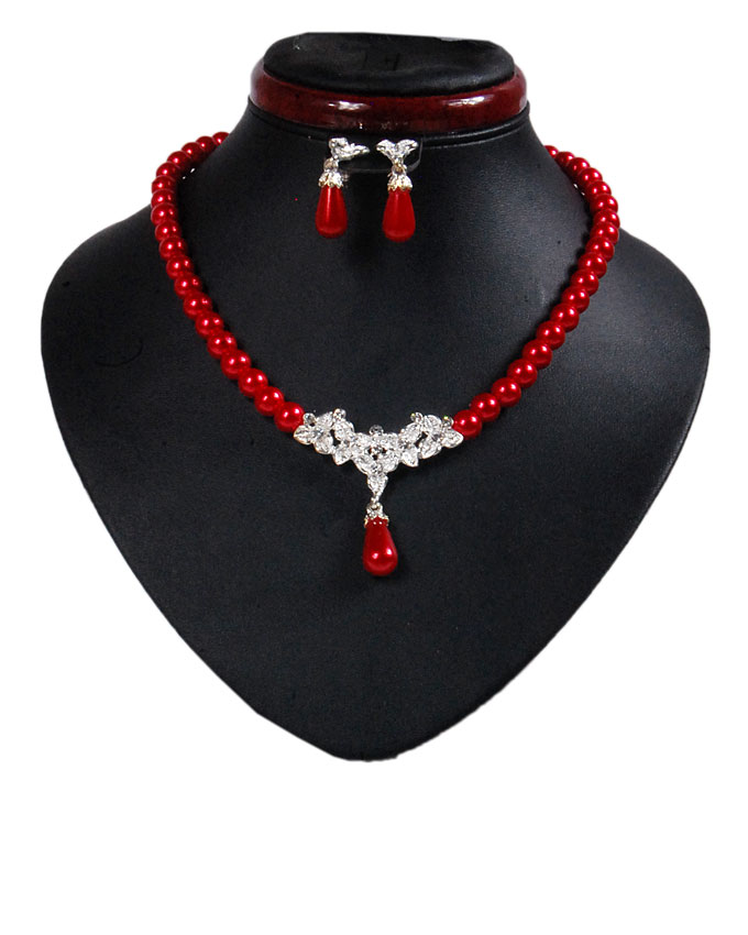 new    osterley pearl set - red ( sold out)   n2,500