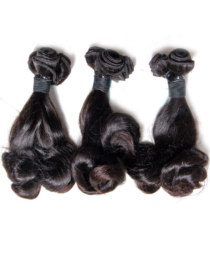 "azure peruvian spring curls   10/12/14""                -   39,000  One roll of each weighing 300g. Enough for a full head."