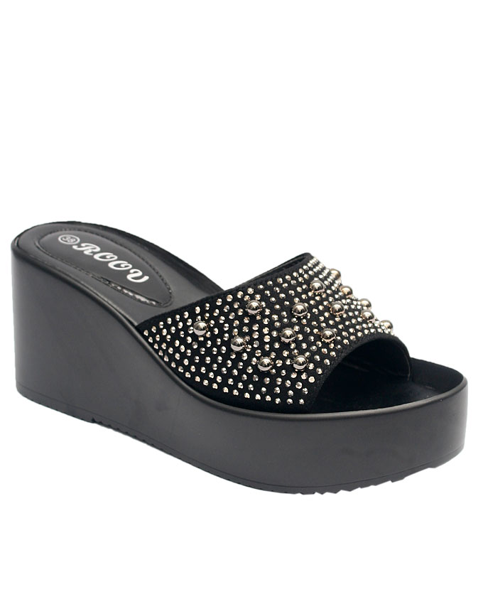 gina comfort slipper with large top studs - black    sizes : 36, 37, 38, 39, 40, 41  n12,000