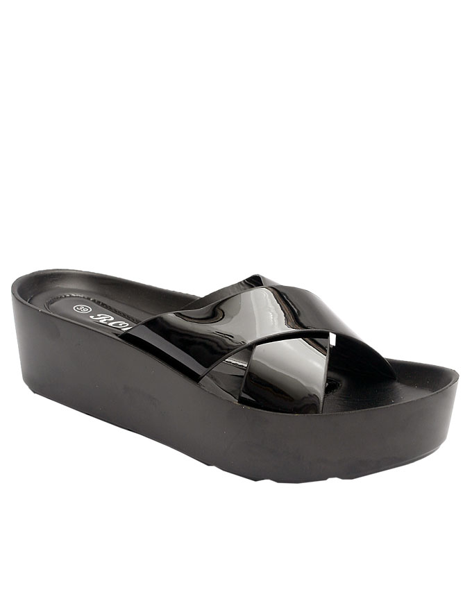 harriet patent leather slipper - black    sizes : 36, 37, 38, 39, 40, 41  n11,500