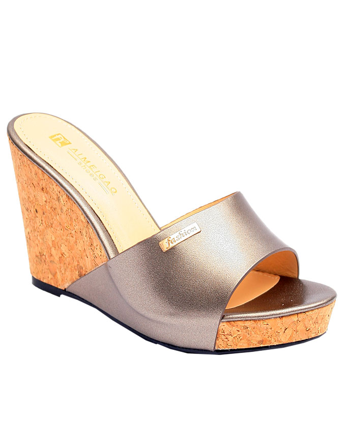 kelly wedge with cork heel detail - pewter    sizes : 36, 37, 38, 39, 40, 41  n12,500