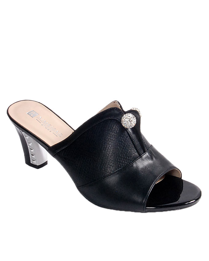 S A L E    slipper with large silver pin detail - black   uk 7 / 41, uk 8 / 42   WAS  n24,000  NOW  N19,000
