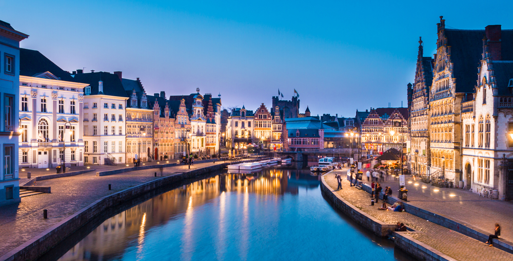 EXPAT ADVENTURES IN GENT