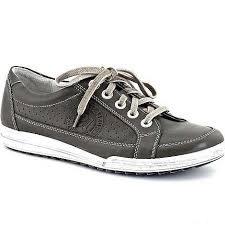 grey+sneakers-2.jpg