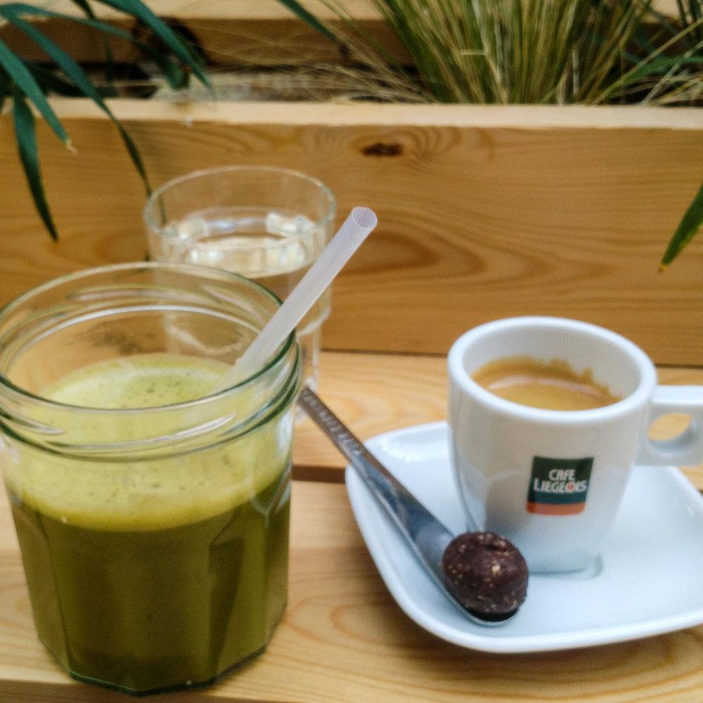 expat, belgium, expat life, Gent, Beo markt, organic market, juice, espresso