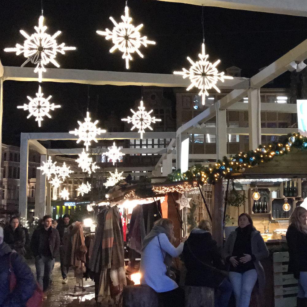 Christmas, Gent Christmas, Christmas Belgium, Kerstmarkt, Gent Kerstmarkt, gluhwein, American in Belgium, expat Christmas