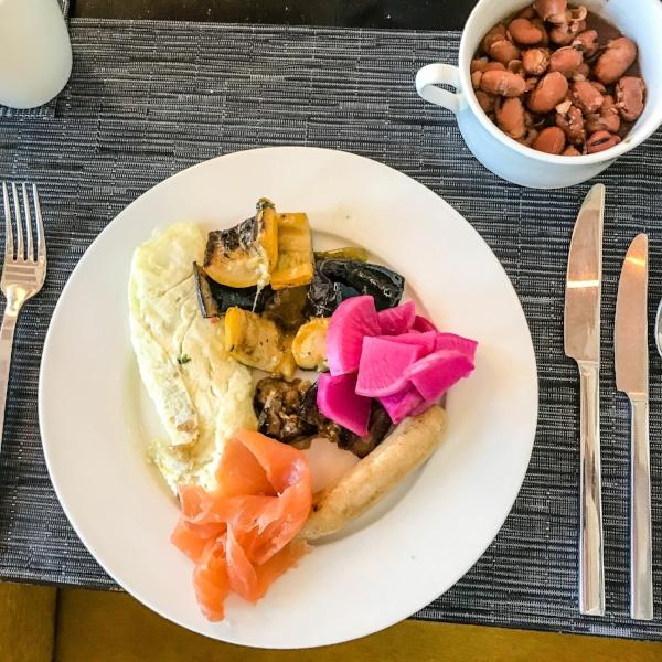 Dubai Tour, pro cycling, professional bike racing, cycling, race buffet, clean diet, healthy eating, eating on the road, traveling food Dubai, business travel Dubai