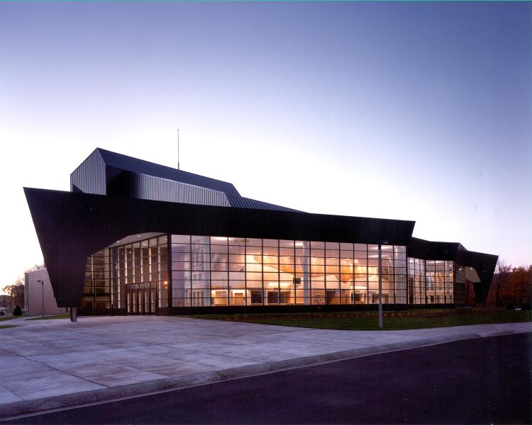 Rozsa-Center-for-the-Performing-Arts-Michigan-Technological-University-2.jpg