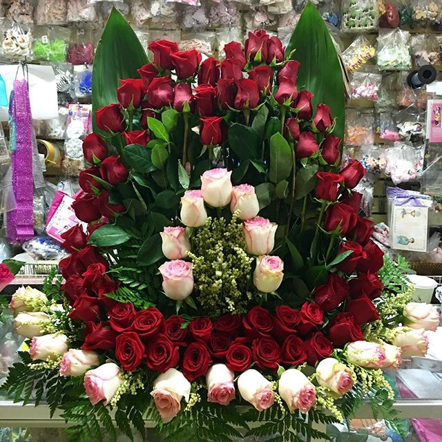 Happy Mother's Days to all the beautiful mothers! God bless today, tomorrow and always. 🌹🌸💜 #StatenIsland  #Florist #flowers #nycplug #nyflowers #Love  #Floreria #MexicoCity #FreshFlowers #FlowerDelivers #GetYourFlowers #Roses #ArreglosDeFlores #Carnations #SunFlower #Amor #Mother #Mom  #MothersDay #May #LocalBusiness #Like4Like #Bae #FlowerArrangements #TriState #Follow4Follow #Views