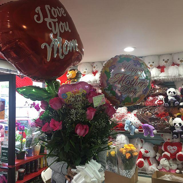 "Nothing like  beautiful flowers and happy customers!! Stop by and buy some fresh flowers for your favorite lady! Also, Happy Mother's Day to all the wonderful and lovely women that we call ""Mom"". -Farciert-Vivar Family🌟 *DELIVERIES HAPPENING ALL THROUGH STATEN ISLAND*  In a rush? Pre order now!! (Call -(718)273-1777 or Go to MexCityFlowers.com) --------------------------------------------- ¡No hay nada más satisfactorio que flores bellas y clientes contentos! Pase a México City para comprar flores para tu mardrecita. Feliz día de las madres a todas las madres bellas y hermosas. -De parte de la familia Farciert-Vivar 🌸 ¿Tiene prisa? Has tu orden ahora... Llama (718)273-1777 o nuestro sito de web mexcityflowers.com"