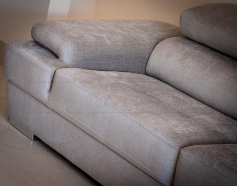 Comfortable corner sofa, perfect to enjoy an evening movie