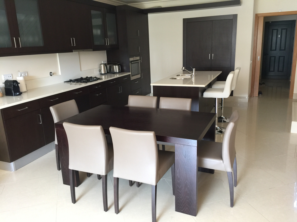 Open plan and spacious dining area