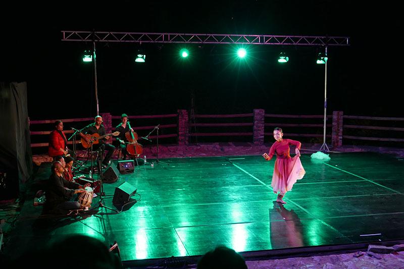 Amina Khayyam.jpg