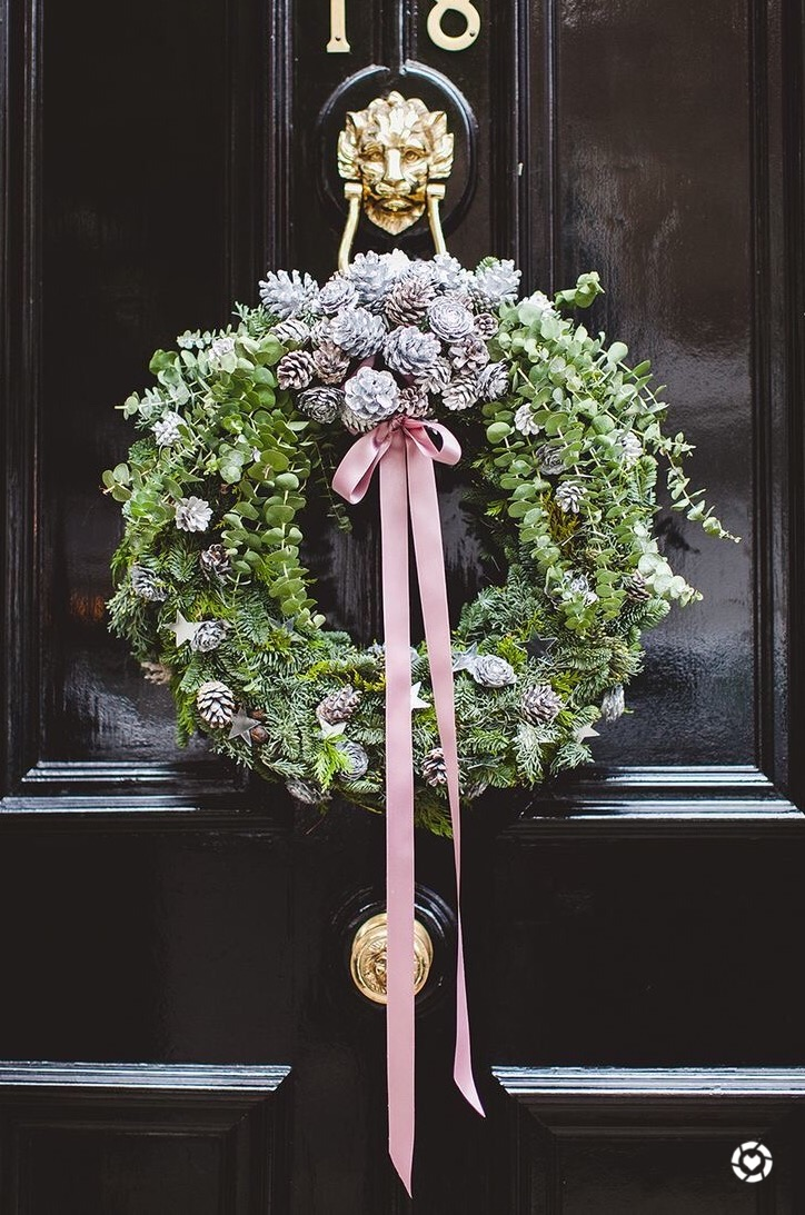 I'm dreaming of a pink Christmas... |  see more.