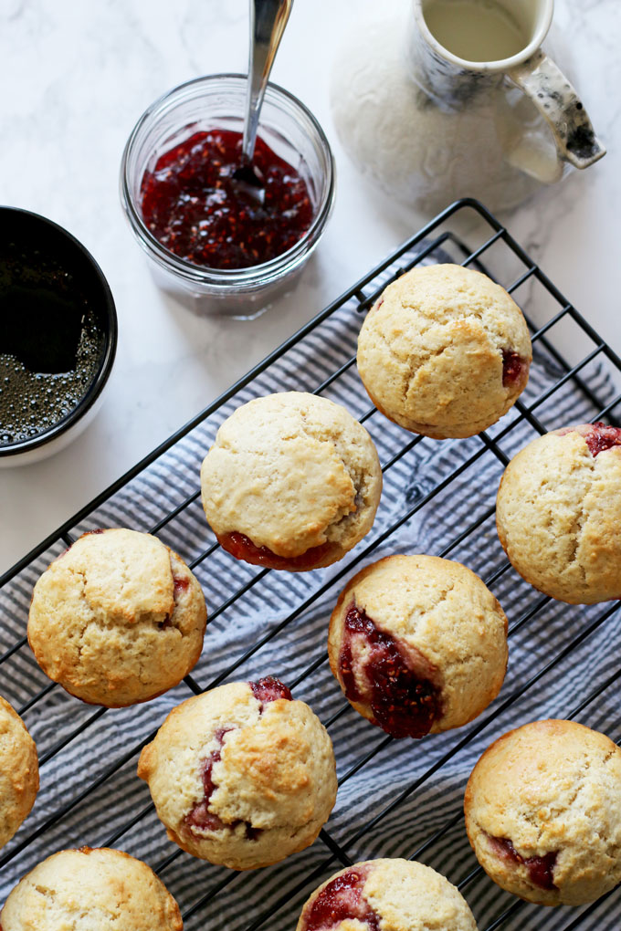 easy-muffins-filled-with-jam-4.jpg