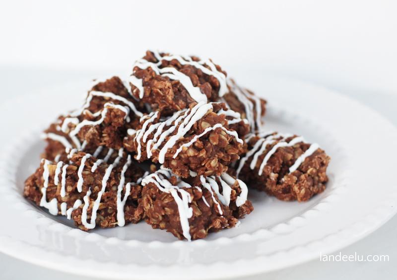 Chocolate-No-Bake-Cookies.jpg