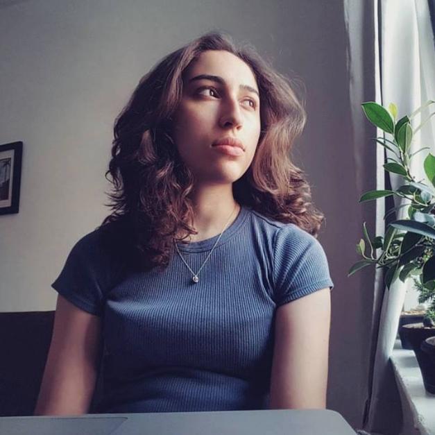 Elizabeth Castano.jpg