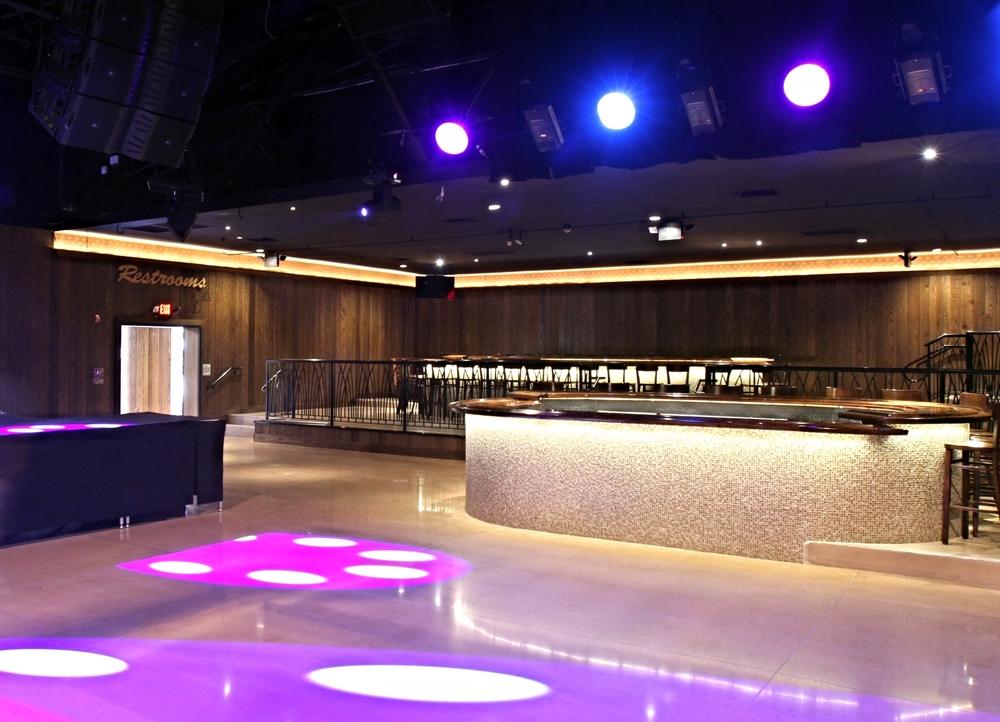 Starland Ballroom, concert, venue, bar, oval bar, wood