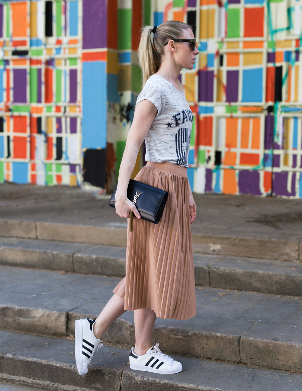 T-shirt - Noisy May. Skirt - Pull&Bear. Shoes - Adidas. Bag - Yves Saint Laurent. Shades - Yves Saint Laurent