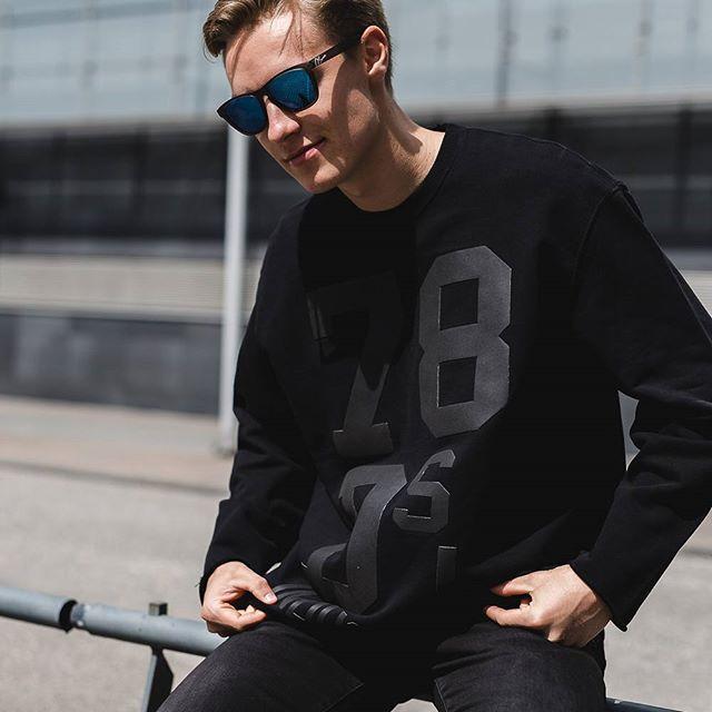 Did this awesome shoot with finnish future football hope @1alexbradley wearing @oseven_sunglasses #inspiraatio #jalkapallo #futis #igersfinland #igershelsinki #helsinki #vantaa #espoo #suomi #muoti #tyyli #vaate #mies #poika #valokuva #kuva #kuvaus #muotikuva #photography #mensfashion #menswear #aurinkolasit #kesä