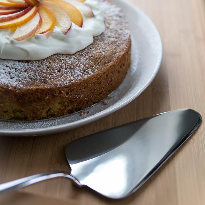 Cake Serving -