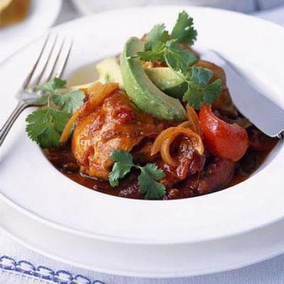 Chilli ChickenOne-Pot - Cook & Bakeware